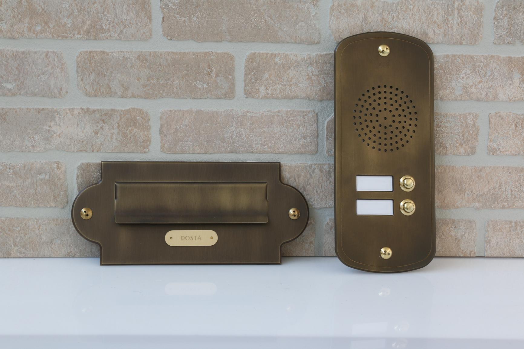Citofono Esterno Moderno : Pbrbo pulsantiere per campanelli brevettate